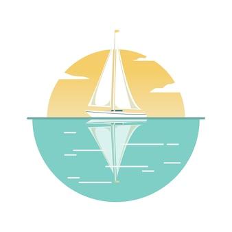 O iate à vela no contexto do sol cruzeiro no mar.