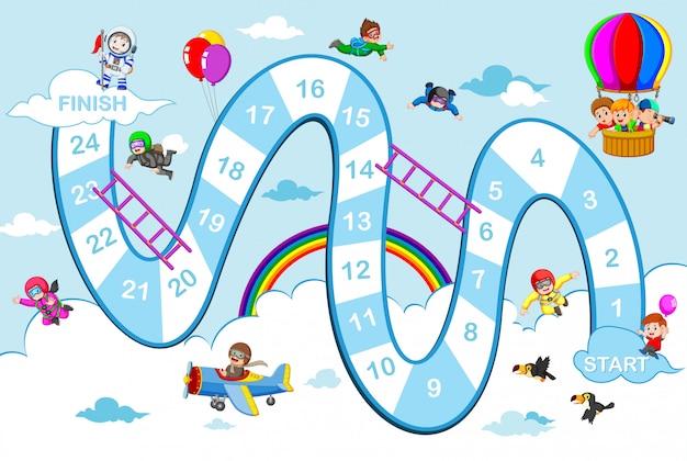 O jogo de cobras e escadas com o tema do céu azul