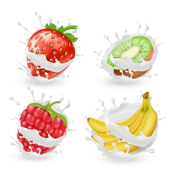 O jogo de frutas e de bagas suculentas do verão no leite ou no creme espirra, isolado no fundo. nat