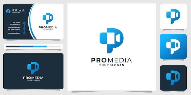 O logotipo de produção moderna combina a letra p inicial e a câmera em formato de silhueta. logotipo de inspiração.