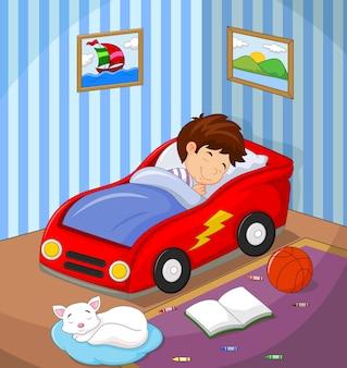 O menino estava dormindo na cama de carro