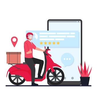 O mensageiro traz o pacote da motocicleta ao lado da tela do celular com a melhor avaliação.