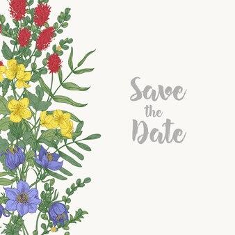 O modelo de cartão floral quadrado salvar a data decorado com borda consistia em lindas flores silvestres florescendo e ervas em fundo branco.