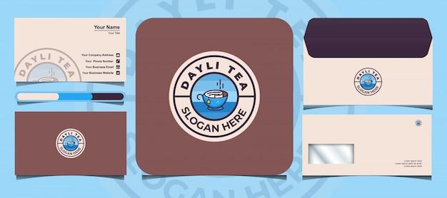 O modelo de logotipo de chá dayli vem com um cartão de visita e envelope