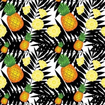 O padrão é fatias de abacaxi são cortadas em pedaços.