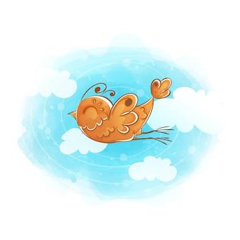 O pássaro alaranjado voa através do céu com nuvens.