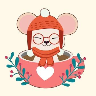 O personagem de rato bonitinho sentado no copo no tema de natal.