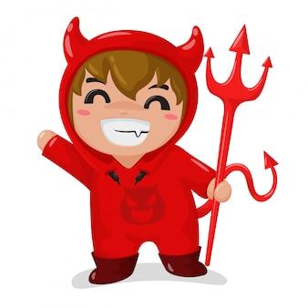 O rapaz vestindo uma fantasia de diabo vermelho feliz na festa de halloween
