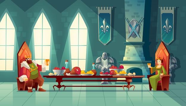 O salão do castelo com rei e rainha almoça. mesa de festa com comida, festa de banquete