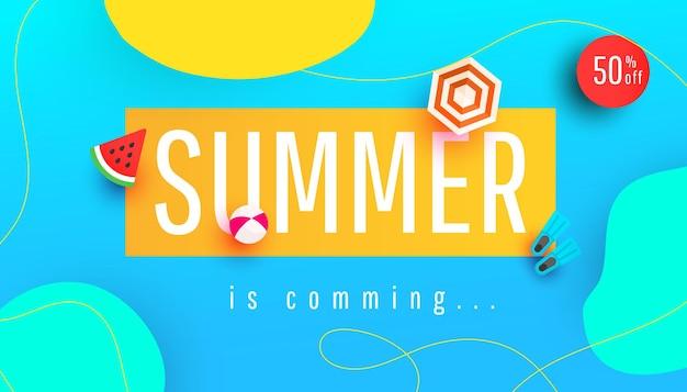 O verão está chegando. ilustração de banner com folhas tropicais e acessórios de praia