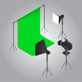 Objeto de tiro de filme como cortina verde com luz de estúdio e câmera de vídeo em cinza