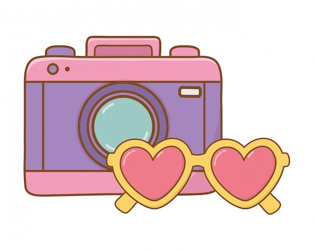 Óculos de sol de câmera e coração
