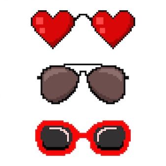 Óculos de sol de pixel art. conjunto de ícones de web jogo 8 bits isolado no fundo branco.
