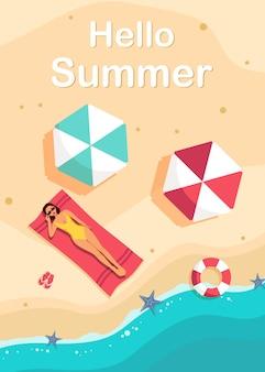 Olá, banner de verão com praia e mar, diferentes elementos da praia, mulher deitada e tomando banho de sol na praia