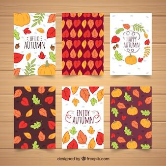 Olá coleção de cartões outono com folhas e abóboras