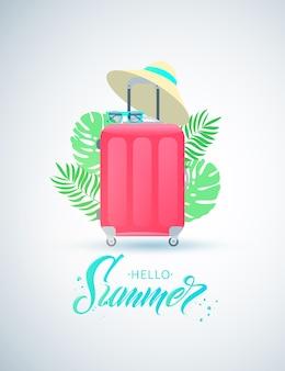 Olá letras manuscritas de verão. mala de viagem vermelha com chapéu de palha e óculos de sol. folhas de plantas tropicais. design plano.