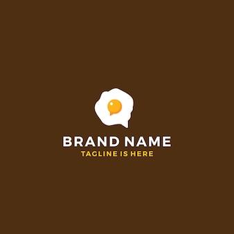 Omelete ovo comida refeição entrega conversa conversa bolha logotipo modelo vetorial ícone ilustração