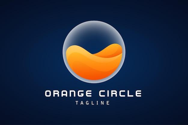 Onda de água laranja com logotipo gradiente de círculo branco
