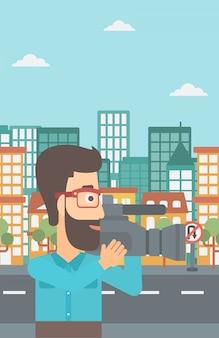 Operador de câmera com câmera de vídeo.