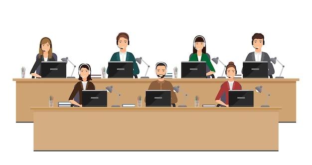 Operadores de call center em locais de trabalho. ilustração vetorial.