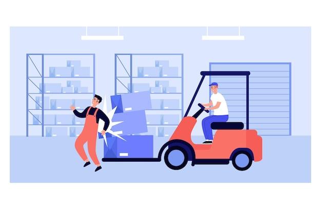 Operário de fábrica se machucando em armazém