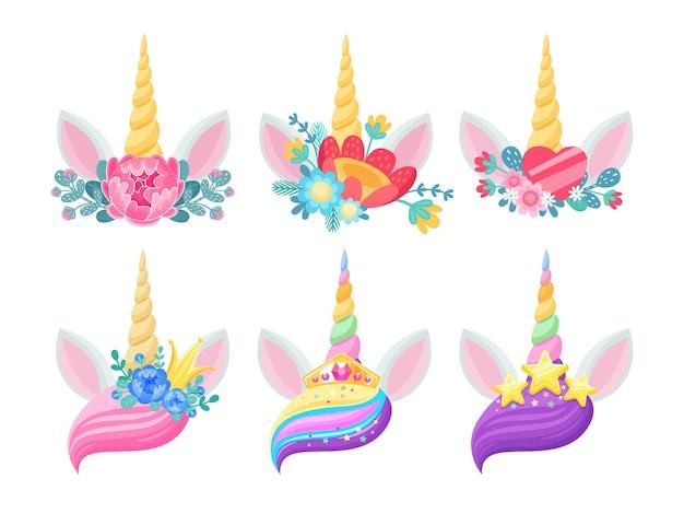 Orelhas e flores isoladas desenho de cabeças de animais de cavalos mágicos com chifres torcidos