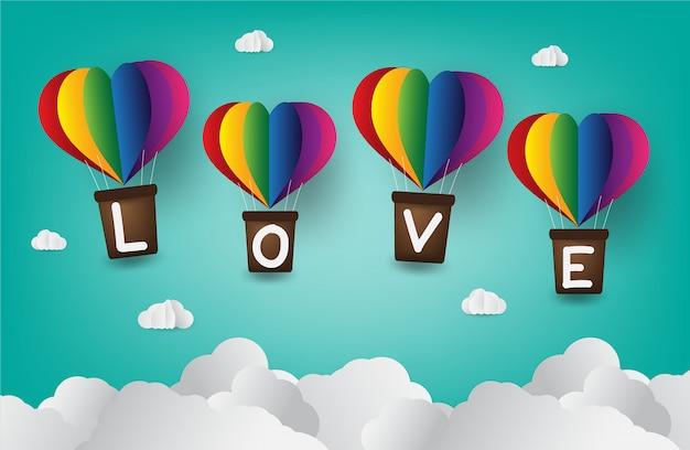Origami fez o balão de ar quente em forma de coração. amor