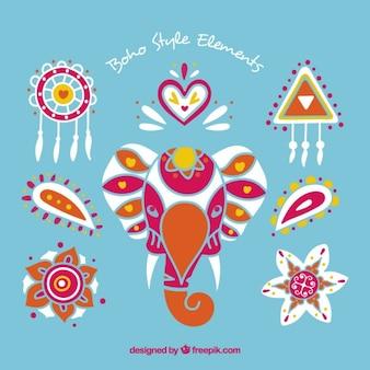 Ornamentos coloridos boho com um elefante