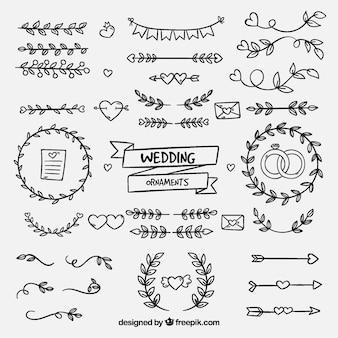 Ornamentos de casamento desenhados à mão