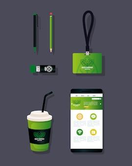 Os artigos de papelaria de maquete fornecem cor verde com sinal, identidade verde corporativa