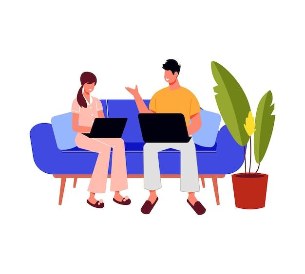 Os freelancers trabalham a composição com personagens de homem e mulher sentados no sofá com seus laptops