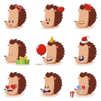 Ouriços bonitos conjunto isolados. personagem de desenho de vetor de animais engraçados em trajes e com emoções diferentes.