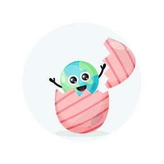 Ovo de páscoa terra mascote personagem fofo