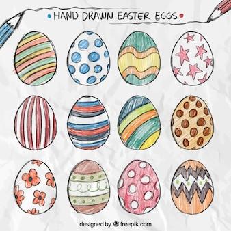 Ovos de páscoa desenhados mão