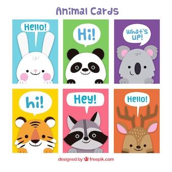 Pacote colorido de cartões com animais adoráveis