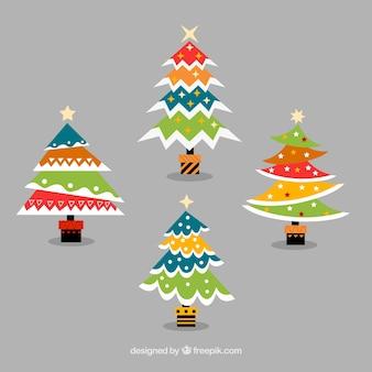 Pacote de árvores de natal geométricas coloridas em design plano