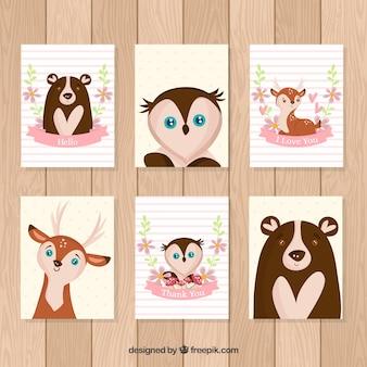 Pacote de cartas adorável com animais desenhados a mão
