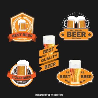 Pacote de cinco etiquetas da cerveja