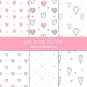 Pacote de corações esboçar padrões