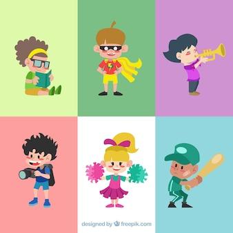 Pacote de crianças engraçadas em design plano