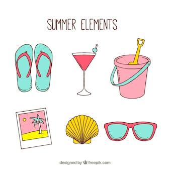 Pacote de elementos de verão desenhados à mão
