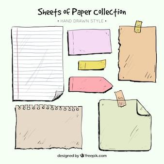 Pacote de folhas de bloco de notas e desenhadas mão notas pegajosas