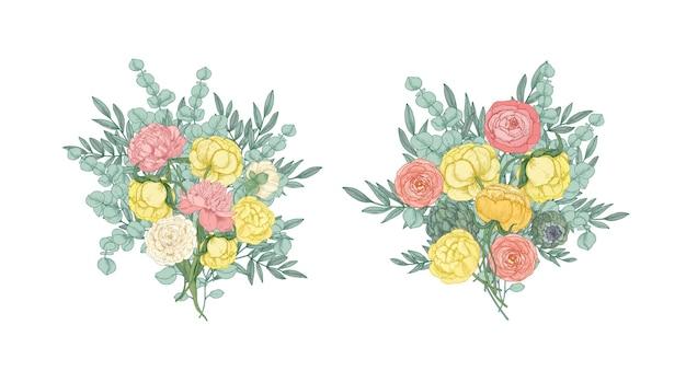 Pacote de lindos buquês ou ramos de flores desabrochando de jardim amarelo e rosa e plantas com flores isoladas em branco