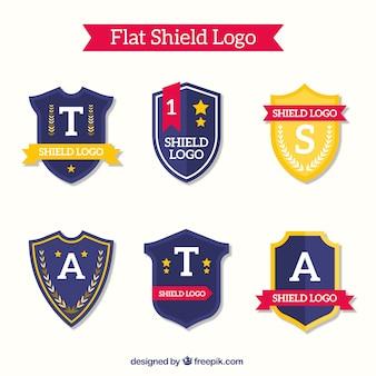 Pacote de logotipos de escudo no design plano