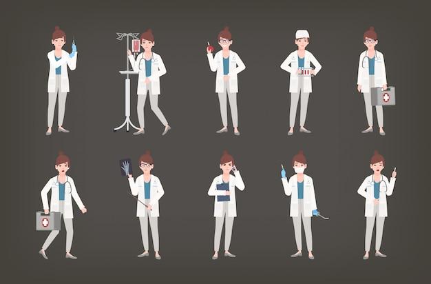Pacote de médica, médico ou cirurgião de pé em diferentes posturas. conjunto de mulher de jaleco branco segurando o equipamento médico - seringa, termômetro, bisturi, kit de primeiros socorros. ilustração.