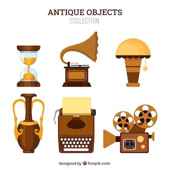 Pacote de objetos antigos em design plano