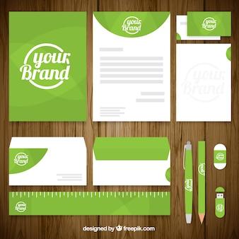 Pacote de papelaria do negócio na cor verde