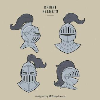 Pacote desenhado a mão de capacetes de cavaleiro
