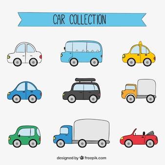Pacote desenhado à mão de diferentes veículos