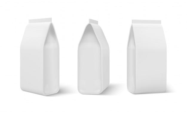 Pacote doy realista. saco de comida, embalagem de comida de cães em branco, bolsa de lanches de café. modelo 3d em branco isolado no branco